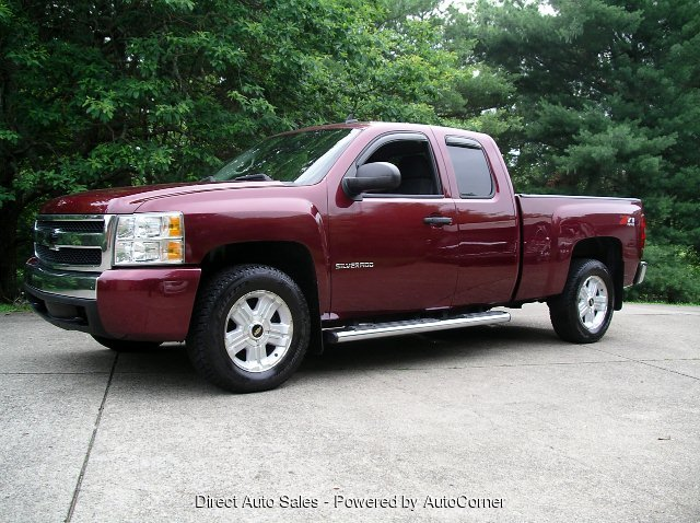 2008 Chevrolet Silverado 1500 LT Ext. Cab Short Box 4WD Z71 Packa